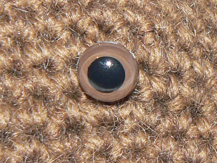 2 x 10.5mm BROWN Toy Safety Eyes