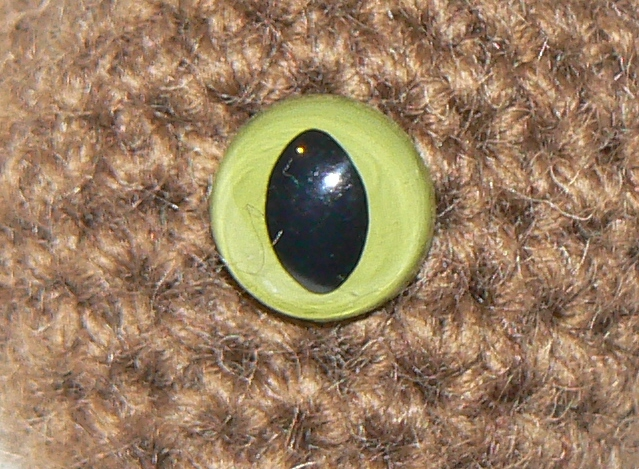 2 x 18mm GREEN Toy Safety Cats Eyes