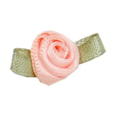 Small Ribbon Roses With Green Leaves 714 Light Peach